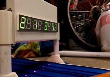 Une piste de Dragster pour Hot Wheels à faire soi-même!