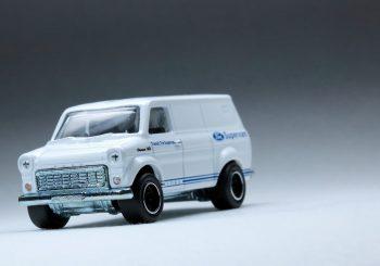 Images du Ford Transit Supervan de la collection Hot Wheels Heritage