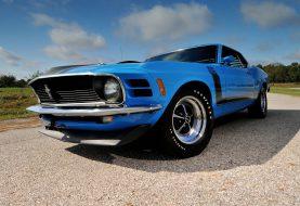 Une 70 Mustang Boss 302 pour les membres du Red Line Club