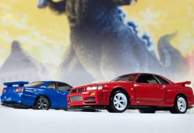 Johnny Lightning : Deux Nissan Skyline GT-R R34 arrivent !