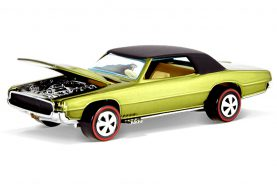 Hot Wheels : Une Custom T-Bird pour le Red Line Club