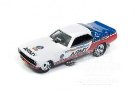 Des Cuda Funny Car de Don Prudhomme chez Racing Champions Mint