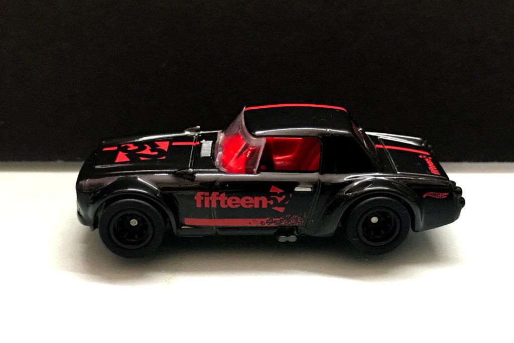 Une nouvelle version de la Datsun Fairlady 2000 arrive en ...
