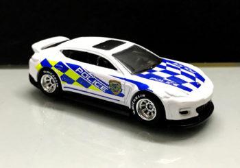 Une Porsche Panamera de la police arrive en Hot Wheels cette année