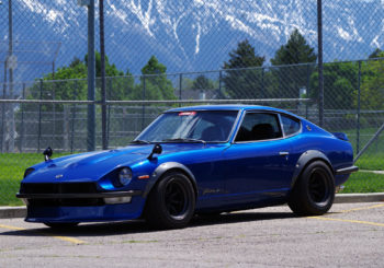 Bavez devant la Custom Datsun 240Z Greddy du Red Line Club