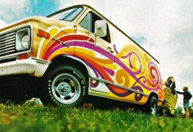 Des vans très old school arrivent chez Racing Champions